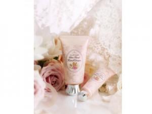 White-Floral-Hand-Cream