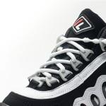 次世代型「結ばない靴ひも」新カラー&見た目すっきりで登場