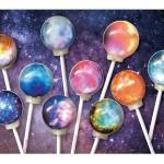 美しい!宇宙に浮かぶ「星雲」がモチーフのキャンディ