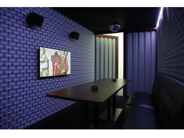 資生堂ギャラリーで国際的に活躍する荒木悠の新作映像展開催