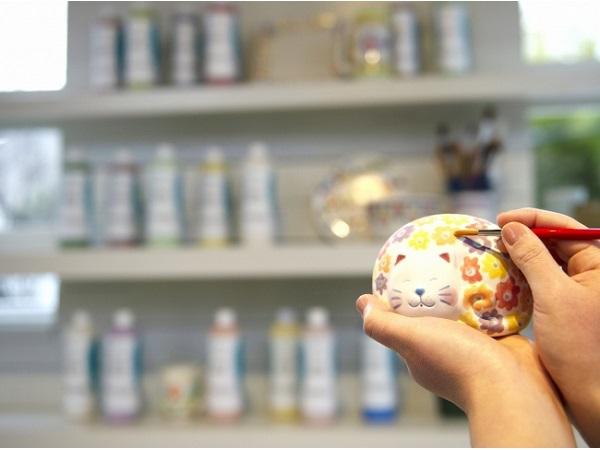 箱根強羅公園に陶器絵付け体験施設「POTERIE」オープン