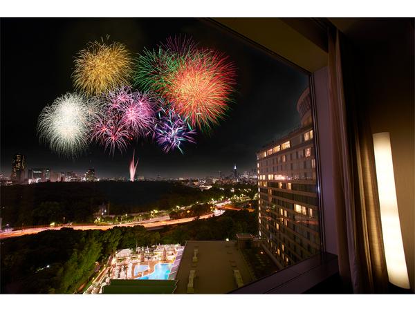 最強の特等席!ホテルの部屋から神宮外苑花火を楽しむプラン