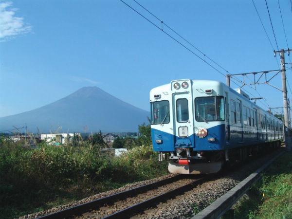 富士急行線で涼を感じよう!「納涼電車」期間限定で運行