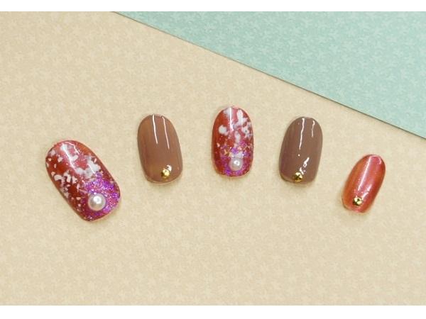 爪に優しい「胡粉ネイル」人気カラーが冬限定ギフトで登場