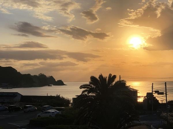 きらめく海岸&サンセットの絶景!静岡西伊豆に新温泉リゾートがOPEN - STRAIGHT PRESS[ストレートプレス]