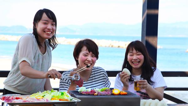 徳島県『アオアヲ ナルト リゾート』で開放感たっぷりのBBQランチ開催中!