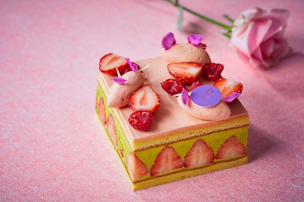 """母の日の贈り物に!華やかな苺の断面が目を惹く新作ケーキ""""フレジェ""""登場"""