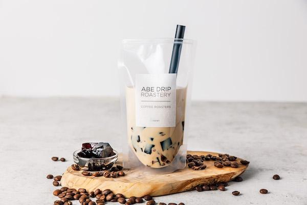 写真映えするパッケージも魅力!夏にオススメの自家焙煎コーヒーゼリーが新発売