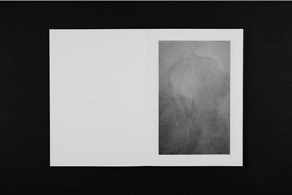 松原時夫写真集・第2弾『砂のキャンバス』、第3弾『沖ノ島』を連続刊行!