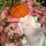 裏渋谷に新伝説か?!  イベリコ豚のコンフィたっぷり丼の柔らかく芳醇な香りをランチに体験すべし♪