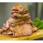 肉の旨味がギュッ♪ ジューシーなローストビーフがワンコイン500円で食べ放題!